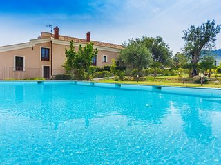 5 bedroom Villa in Vignali, Sicily, Italy : ref 5639293