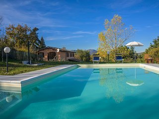 4 bedroom Villa in Pontelatrave, The Marches, Italy : ref 5312308