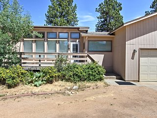 NEW! Peaceful Estes Park Home Mins to RMNP & Shops