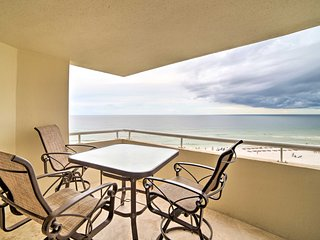 NEW! Pensacola Resort Condo -Stunning Ocean Views!