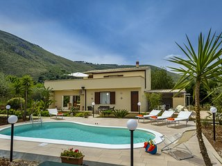 4 bedroom Villa in Case Di Girolamo, Sicily, Italy : ref 5639308