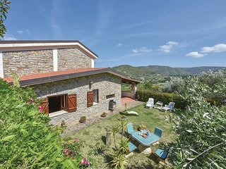 3 bedroom Villa in Case del Conte, Campania, Italy : ref 5523293