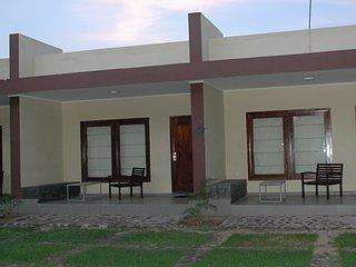 Relax Inn Hikkaduwa (Bedroom 5), holiday rental in Rathgama