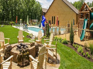 July 4th Cancellation! SILVER DOLLAR CITY Table Rock Lake POOL View LODGE Condo