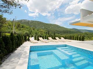 BRAND NEW!! Villa TELA with private pool & sauna, 4 bedrooms, 10 persons max