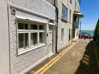 Dickens Walk Cottage