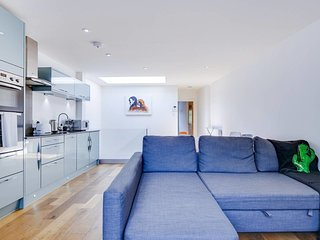 Cosy 1bed sleeps 4 in King's Cross/10 mins to tube