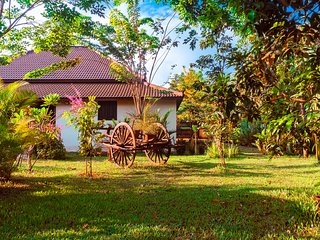 Private Luxury Villa with pool near Angkor