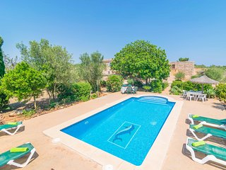 FINCA NA ROQUETA - Villa for 4 people in Es Llombards