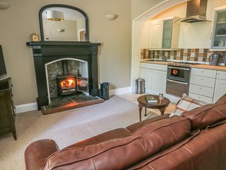 THE CELLS, all ground floor, open plan, in Ingleton, ref 980529