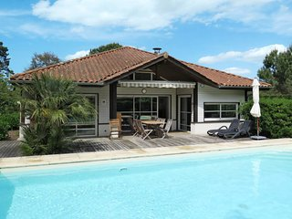 4 bedroom Villa in Moliets-et-Maa, Nouvelle-Aquitaine, France : ref 5653102