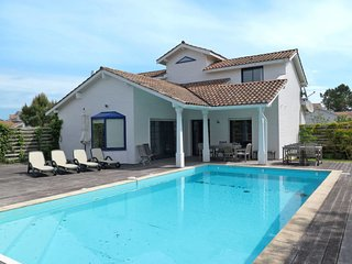 4 bedroom Villa in Moliets-et-Maa, Nouvelle-Aquitaine, France : ref 5640782