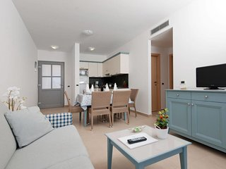2 bedroom Apartment in Banjole, Istria, Croatia : ref 5641120