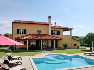 5 bedroom Villa in Rakalj, Istarska Županija, Croatia - 5640836