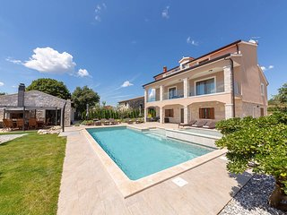 4 bedroom Villa in Labinci, Istria, Croatia : ref 5641762