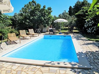 2 bedroom Apartment in Peroj, Istria, Croatia : ref 5640857