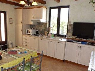 Casa accogliente con diversi appartamenti a Umago