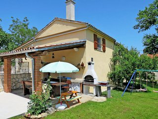 3 bedroom Villa in Pićan, Istria, Croatia : ref 5640886