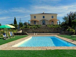 Montegrilli - romantic villa outside Siena, sleeps 16