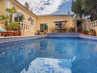 villa sunshine,golden triangle algarve