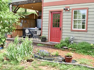 The Haven at Owl Cove an easy 15 minutes from downtown Asheville