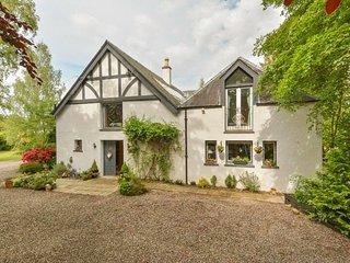 The Old Coach House Blairgowrie - sleeps 10