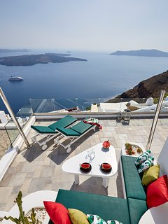 Renovated terrace offering panoramic caldera, volcano and sea view.