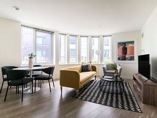 Sophisticated 2BR in Lower Allston by Sonder