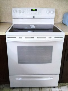 Kenmore 5 burner electric range with convection bake