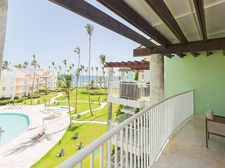 Playa Turquesa K404 - BeachFront, Wi Fi, Inquire About Discount Promo Code