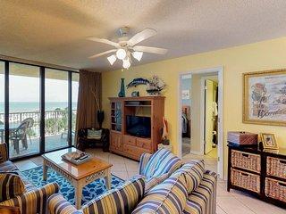 Waterfront condo w/ shared pool & sauna, amazing ocean views, & private balcony