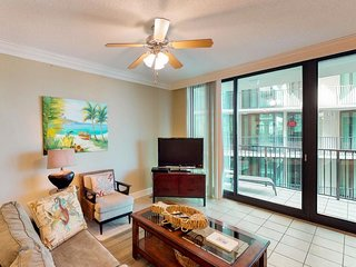 NEW LISTING! Waterfront condo w/ on-site water park, shared pool, & hot tub