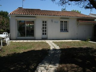 Rental Villa La Tranche-sur-Mer, 2 bedrooms, 6 persons