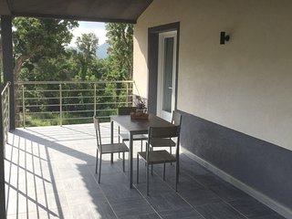 Location Corse Conca Loue Appartement en Corse a Conca de 78 m2, Exceptionnel.