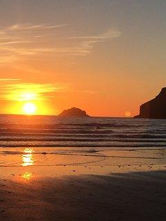 The beautiful North Cornish Coast is nearby.