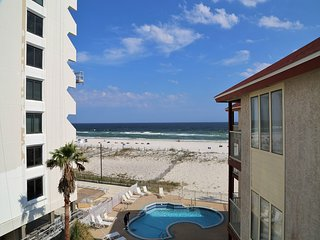 Southern Sands 303 ~  Right on the beach, Great Beach View, FREE Wifi, Prime Loc