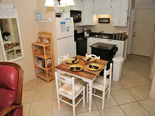 Gulf Shores Plantation 2111-On-site Restaurant, Free Wifi, Family Vacay ~ Gulfsa