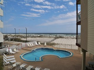 Southern Sands 104 ~ Charming 2BR condo with private balcony  ~ Great View!  FRE