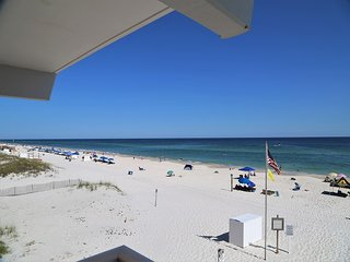 Unmatched Gulf Views! Harbor House B4 ~ Gulf Front/Free Wifi ~ Remodeled Shower!