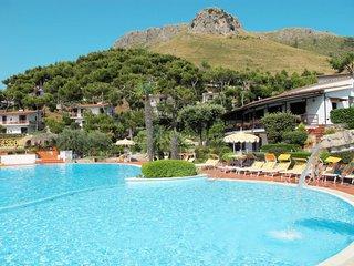 2 bedroom Apartment in Sperlonga, Latium, Italy : ref 5642710