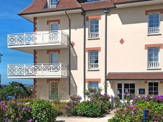1 bedroom Apartment in Pléneuf-Val-André, Brittany, France : ref 5642479