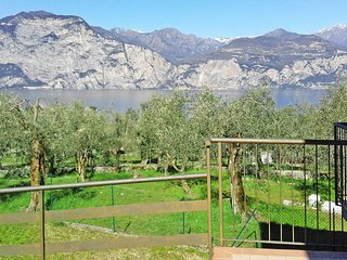 2 bedroom Villa in Malcesine, Veneto, Italy : ref 5438742