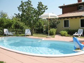 2 bedroom Apartment in Pagliaga, Veneto, Italy : ref 5642635