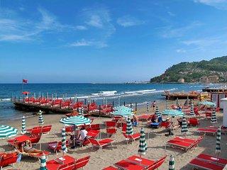 4 bedroom Villa in Gorleri, Liguria, Italy : ref 5642656