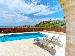 Katerina Luxury Villa, 200m From Agia Marina Famous Beach Chania