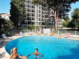 1 bedroom Apartment in Cannes, Provence-Alpes-Cote d'Azur, France : ref 5642257