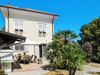 4 bedroom Villa in Gorleri, Liguria, Italy : ref 5642656