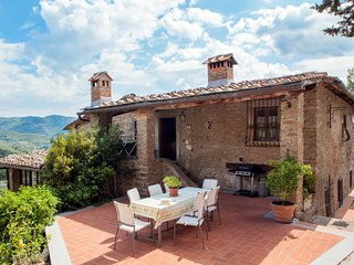 4 bedroom Apartment in San Polo in Chianti, Tuscany, Italy : ref 5642737