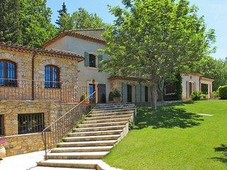 4 bedroom Apartment in Garéoult, Provence-Alpes-Côte d'Azur, France : ref 564240