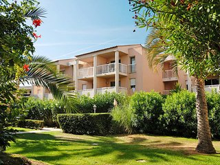 1 bedroom Apartment in Golfe-Juan, Provence-Alpes-Cote d'Azur, France : ref 5642